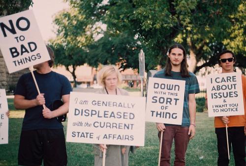 [Image: Protest01.jpg]